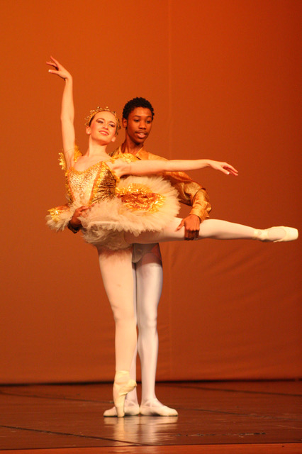 """Sleeping Beauty"" Pas de deux with Mlindi Kulashe and Gertina Grobbelaar"