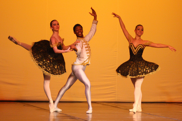 """Sleeping Beauty"" Pas de Trois with Mlindi Kulashe, Gertina Grobbelaar and Nicole Ballentine"