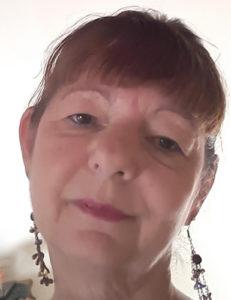 Nicolette Loxton